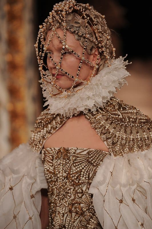 Alexander Mcqueen Black And White Fashion Images