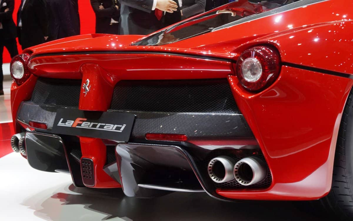 Ferrari-LaFerrari-rear-exhaust