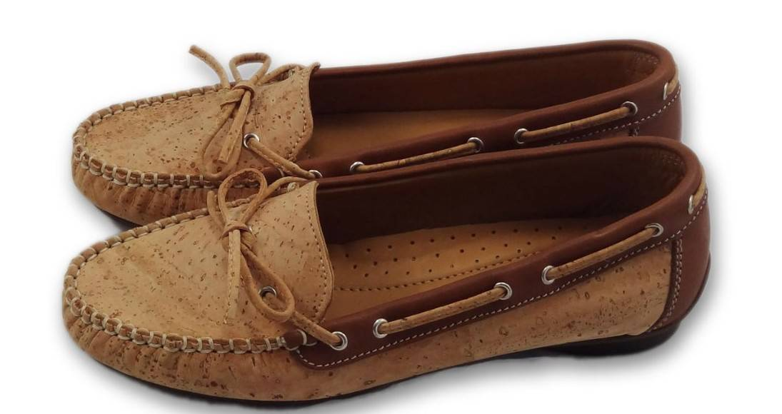 0000276_ladies_natural_cork_moccasins