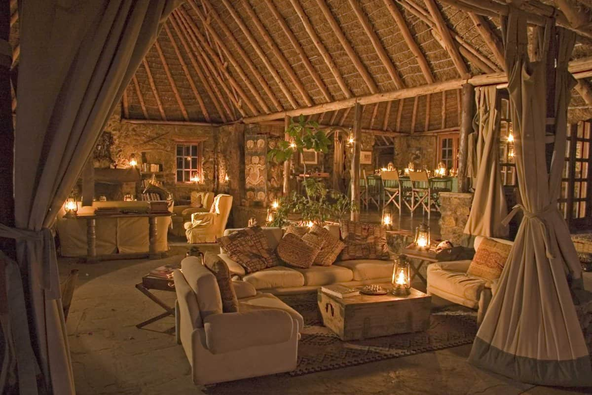 CYK-Tembo-House-lounge-and-dining-at-night