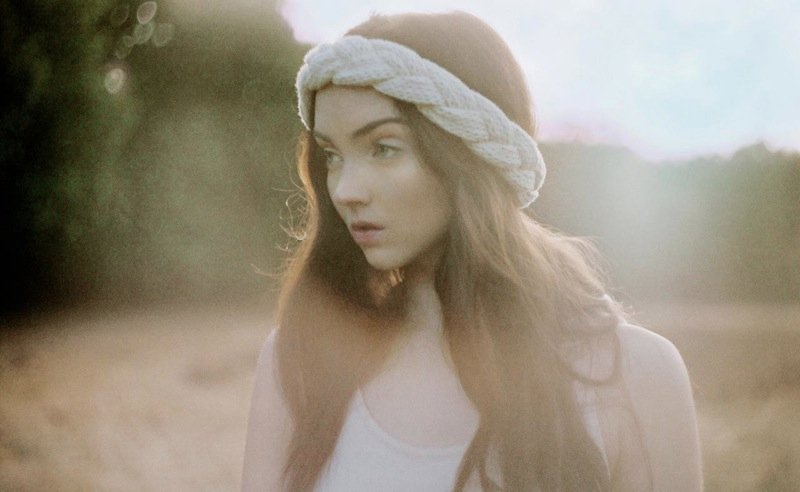 The_North_Circular_Lily_Cole_Accessoires_Winter_12