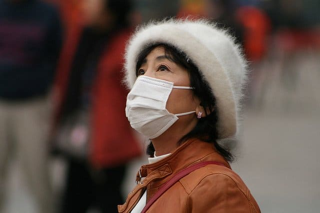 china-smog-mask-woman-flickr