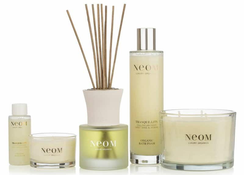 get-the-gloss-win-neom-organics-gift-set