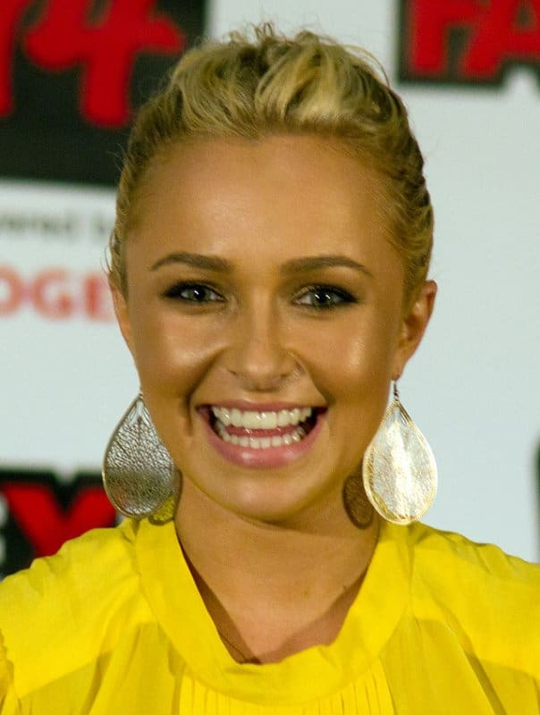 640px-Hayden_Panettiere_Fan_Expo_2011,_2