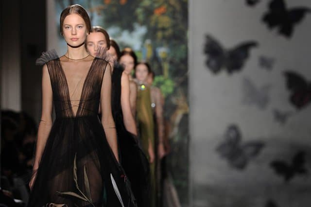 Valentino : Runway - Paris Fashion Week - Haute Couture S/S 2014