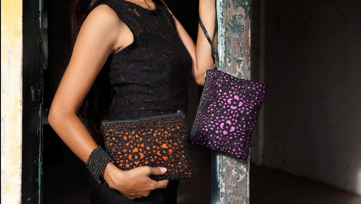 P107-Upcycle-Pouch-Clutch-Recycle-Plastic