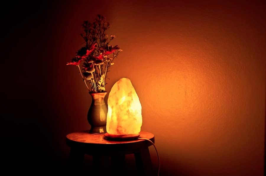 salt-lamps-designs-for-the-interior