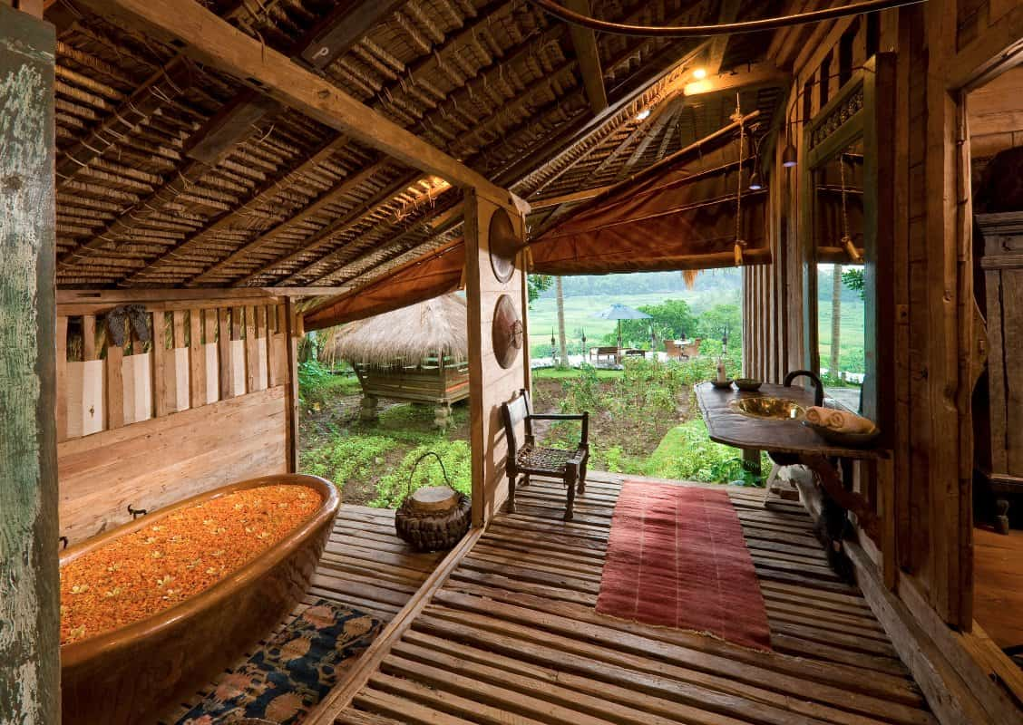 Bambu Indah - Afrika House bathroom - Djuna Ivereigh