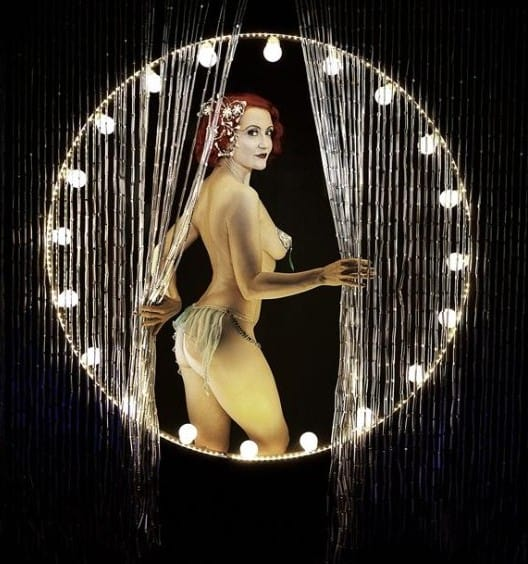Itsy Bitsy Vintage Burlesque Boudoir Collection (1)