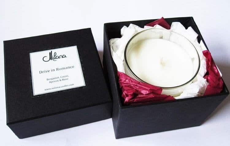 luxury-xmas-gift-idea-milana-signature-candle-L-NOYkYa