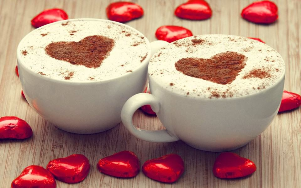 cappuccino-chocolate-hearts-2880x1800