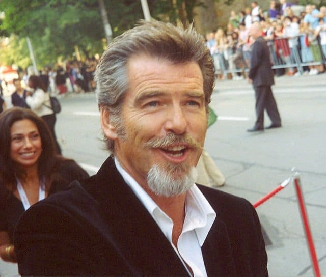 640px-Pierce_Brosnan_at_the_2005_Toronto_Film_Festival