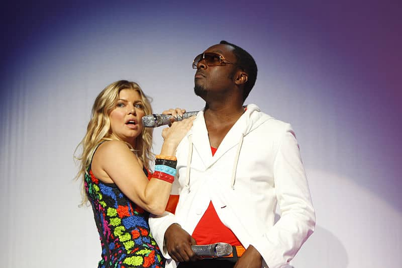 800px-Fergie_e_Will.i.am