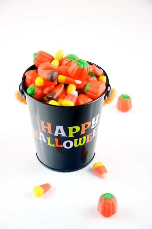 Automn_Mix_Candy_in_Happy_Halloween_Pail_(5076303357)