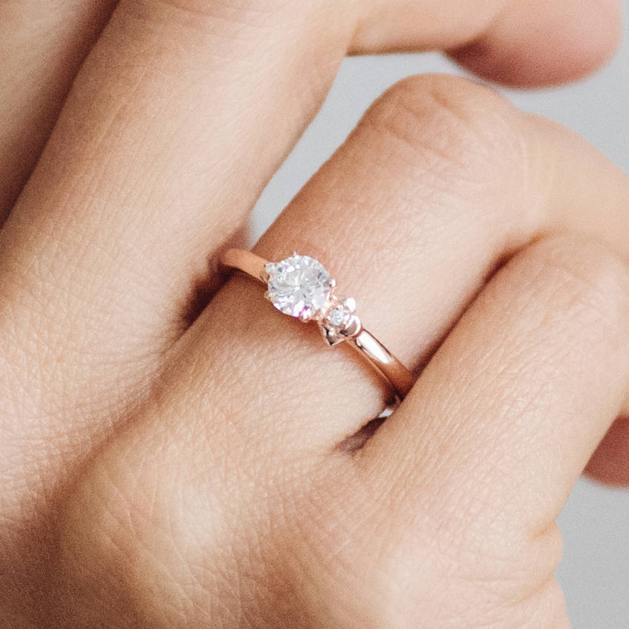 10+ Of the Best Ethical Engagement Rings - Eluxe Magazine