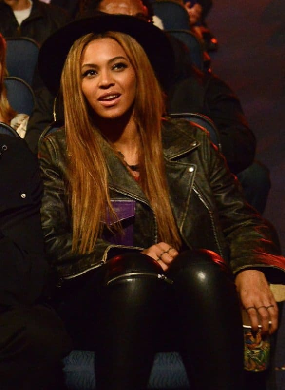 beyonce-acne-studios-saxe-leather-jacket