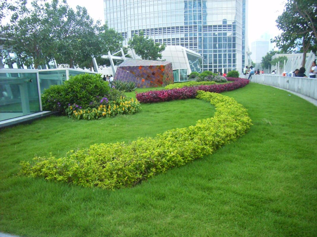 2_HK_IFC_Roof_Garden_Public_Space_Area_02