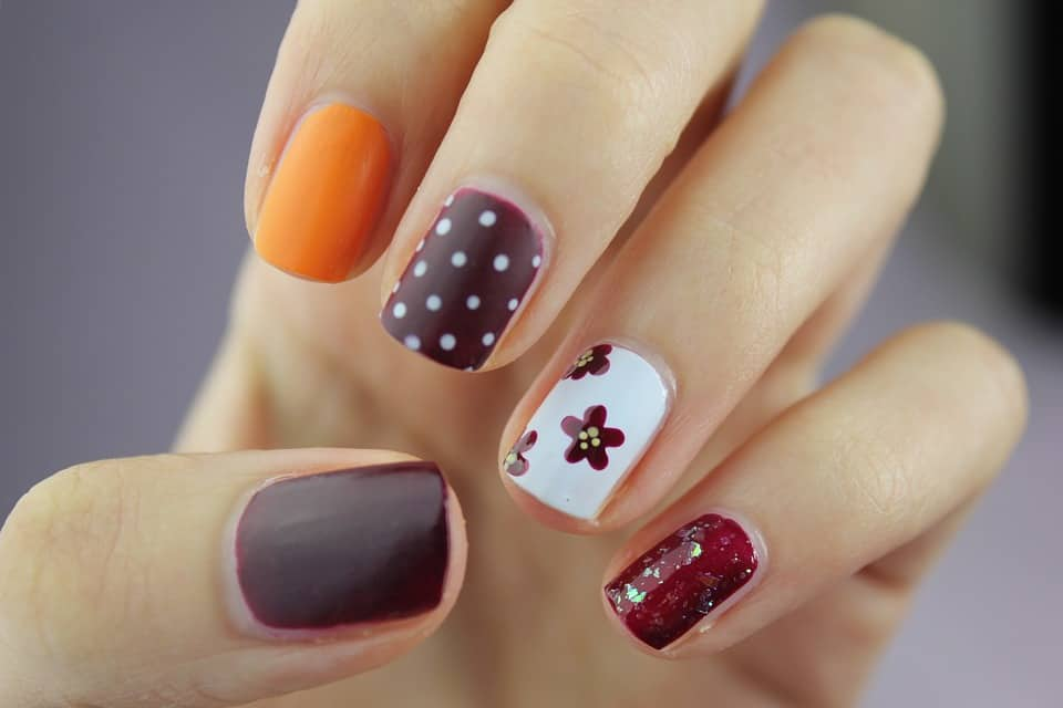 5 Tips & 5 Brands for the Perfect 5 Free Manicure - Eluxe Magazine
