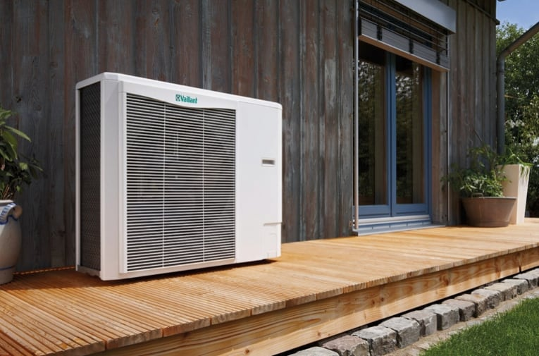 air-source-heat-pumps-make-efficiency-breeze-10-Aug-12