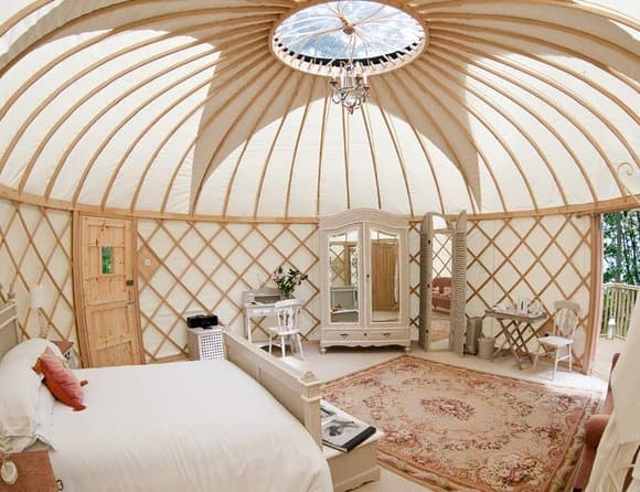 best-glamping-sites-in-the-uk-priory-bay-yurts_TA