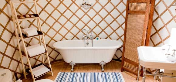 yurt-51-bathroom_cs_gallery_preview