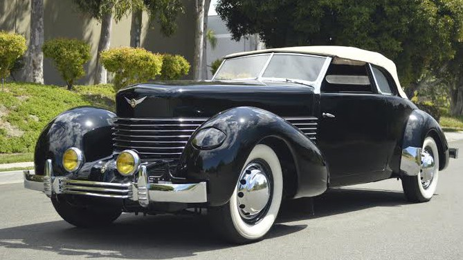 A Dependable Collectible The Beauty Of Vintage Cars Eluxe Magazine