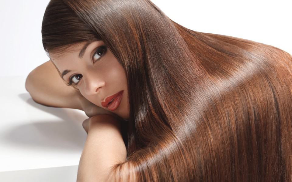 Hair Styling Products For Long Hair The 10 Best Organic Hair Styling Products  Eluxe Magazine
