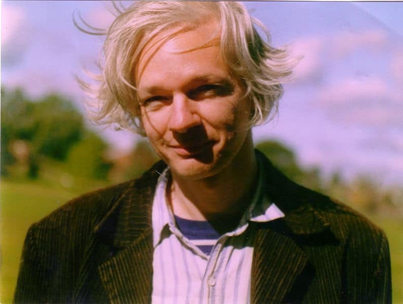 794px-Julian_Assange_full