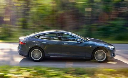 tesla-model-s-60-2015-10best-cars-feature-car-and-driver-photo-647385-s-429x262