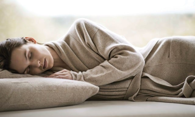 3_BOOKINGS-Bamford-Women-Sleeping-Cashmere-Gown-640x384