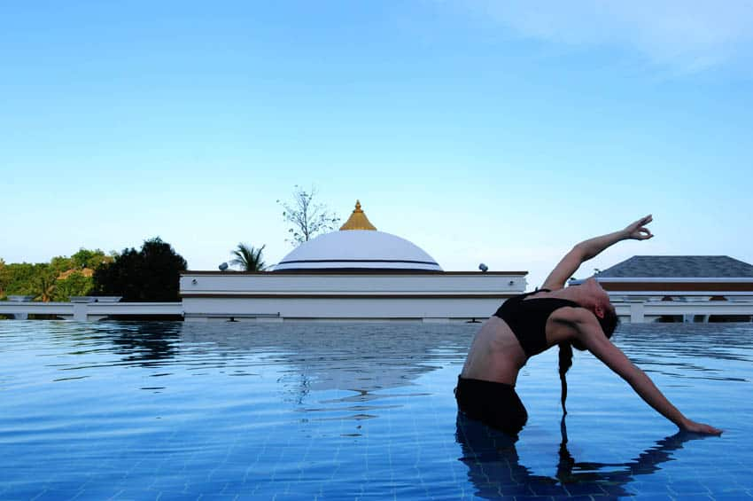 Absolute-Sanctuary_yoga-pool-1