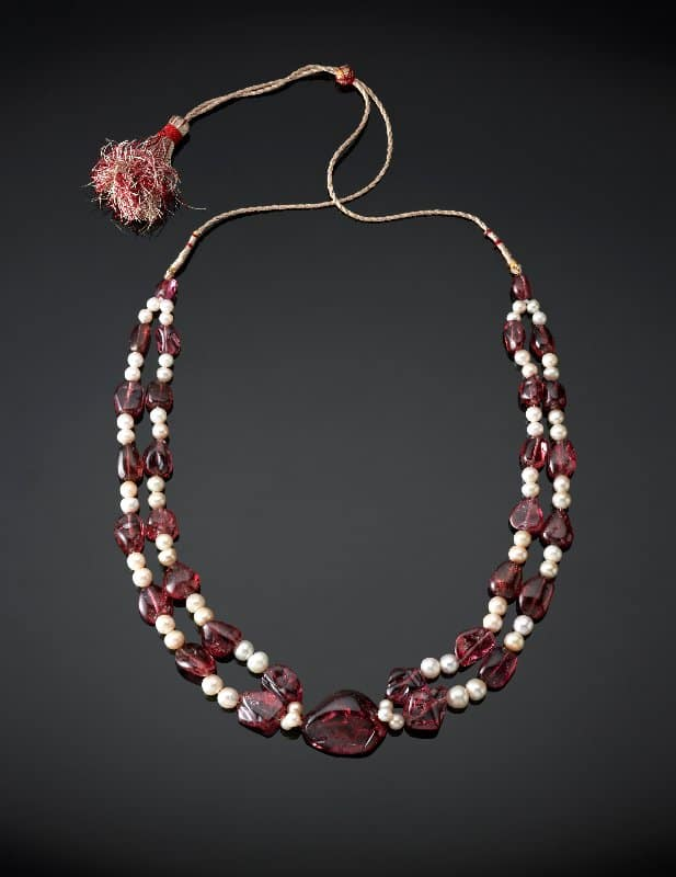 4. Spinel and pearl necklace, Mughal Empire