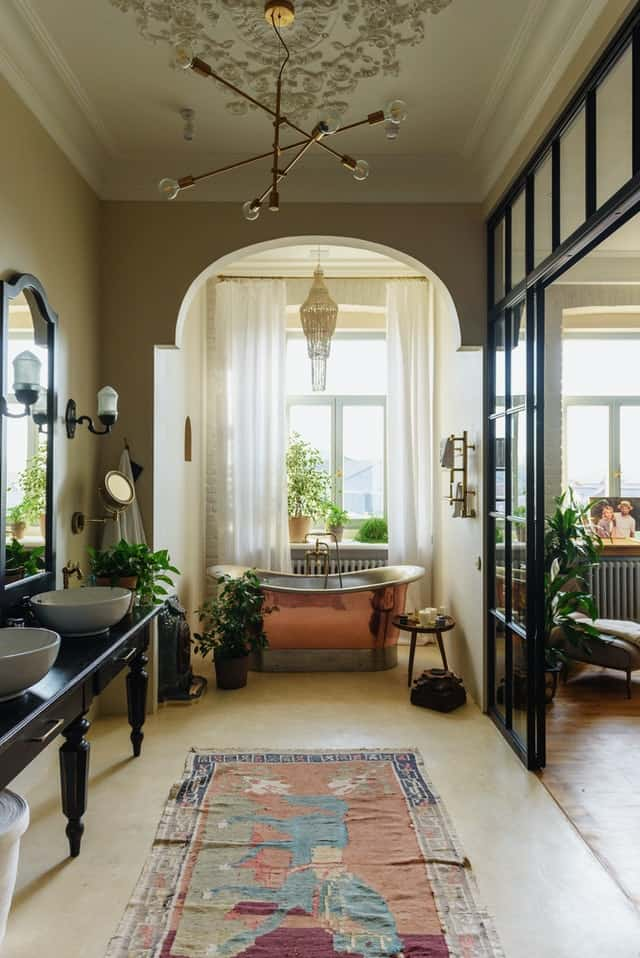 How To Have The Ultimate Bath Experience At Home
