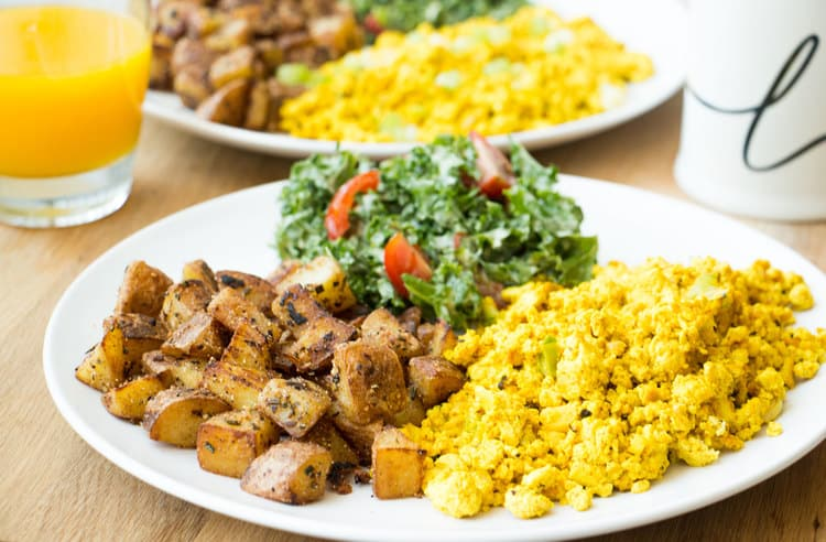 the+perfect+tofu+scramble+#Vegan+-+RECIPE+on+hotforfoodblog