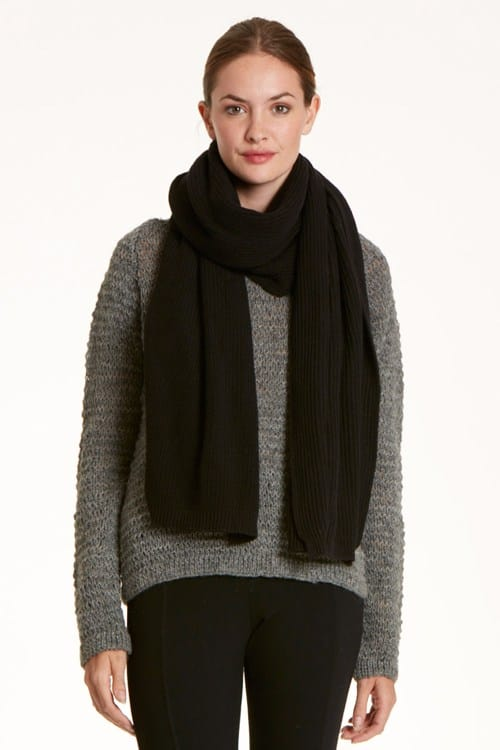 tuck-knit-scarf-in-black-a5483eacdd61