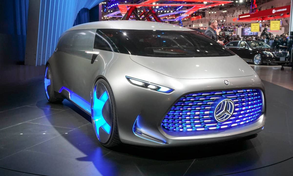 Luxury Car That Drives Itself