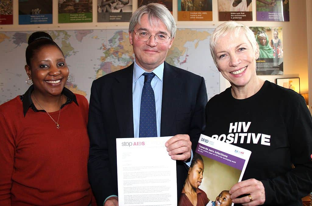 1024px-Memory_and_Annie_call_on_UK_to_lead_efforts_to_bring_end_to_AIDS