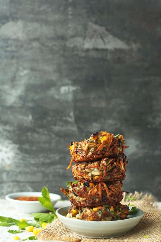 7-Ingredient-CRISPY-HASH-BROWN-Haystacks-with-corn-parsley-and-shallot.-Crispy-savory-SO-perfect-for-breakfast-or-brunch-vegan-glutenfree-breakfast-recipe-minimalistbaker