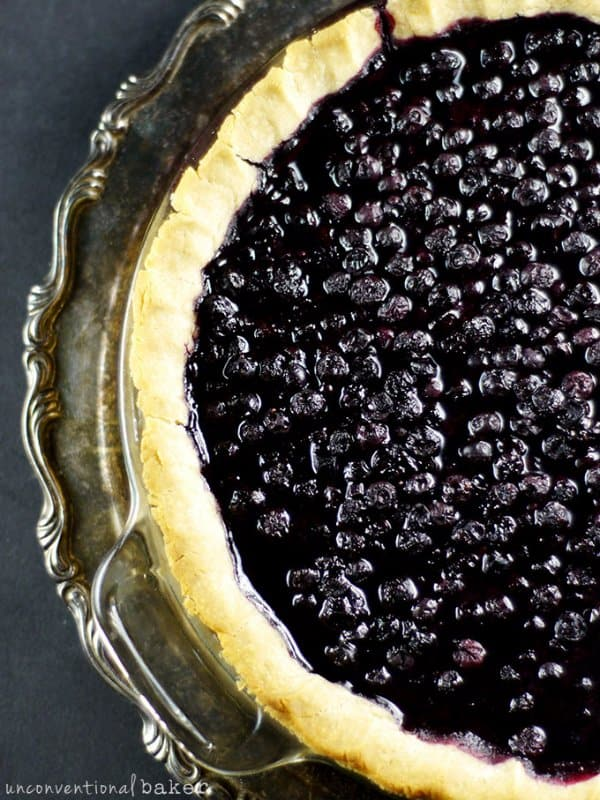 Gluten-Free-Vegan-Blueberry-Pie-Refined-Sugar-Free