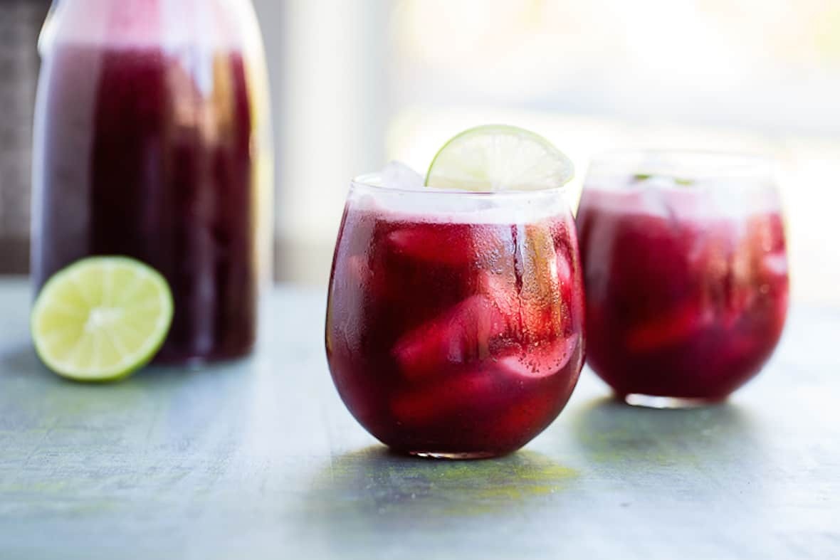 Brilliantly boozy vegan cocktail recipes for summer for Cocktail hibiscus