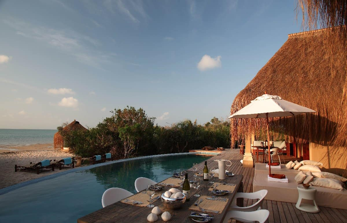 eco lodges in mozambique