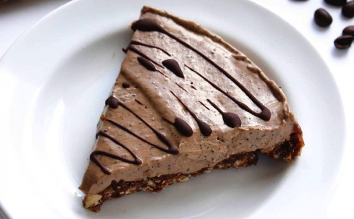 Raw-Vegan-Espresso-Pie-62-1200x744