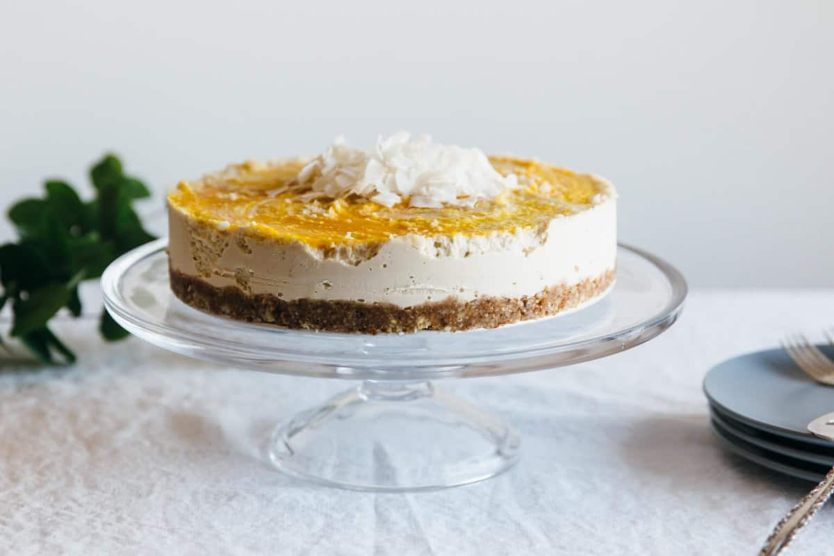 coconut-macadamia-and-mango-cheesecake-3