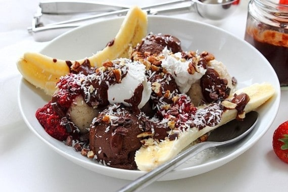 o-VEGAN-BANANA-SPLIT-570