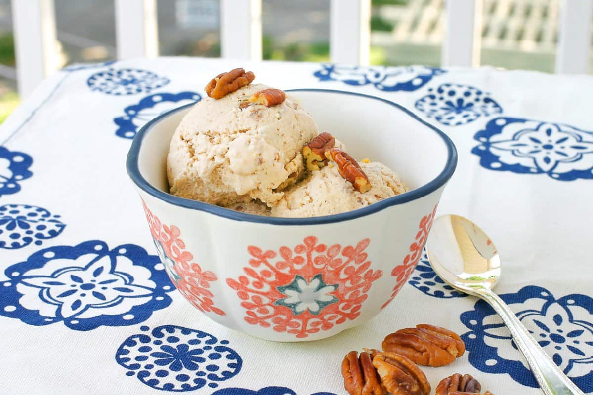 vegan-butter-pecan-ice-cream_1