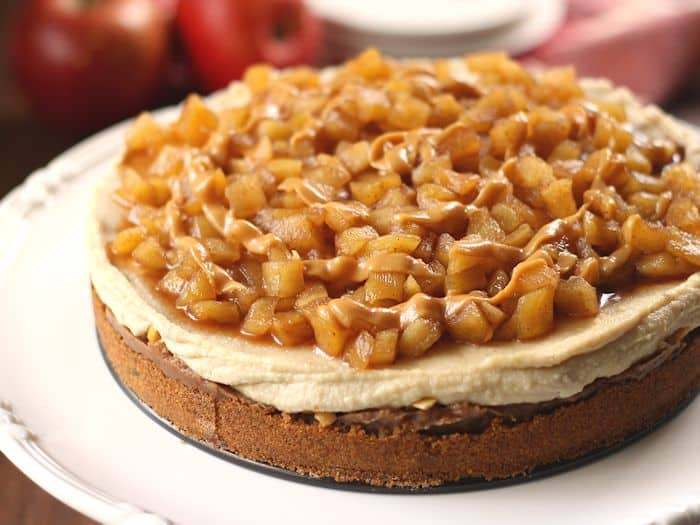 vegan-caramel-apple-cheesecake-landscape