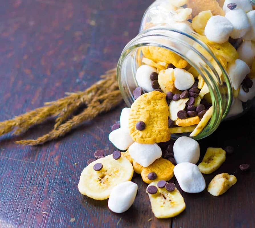 banana-smores-trail-mix-1