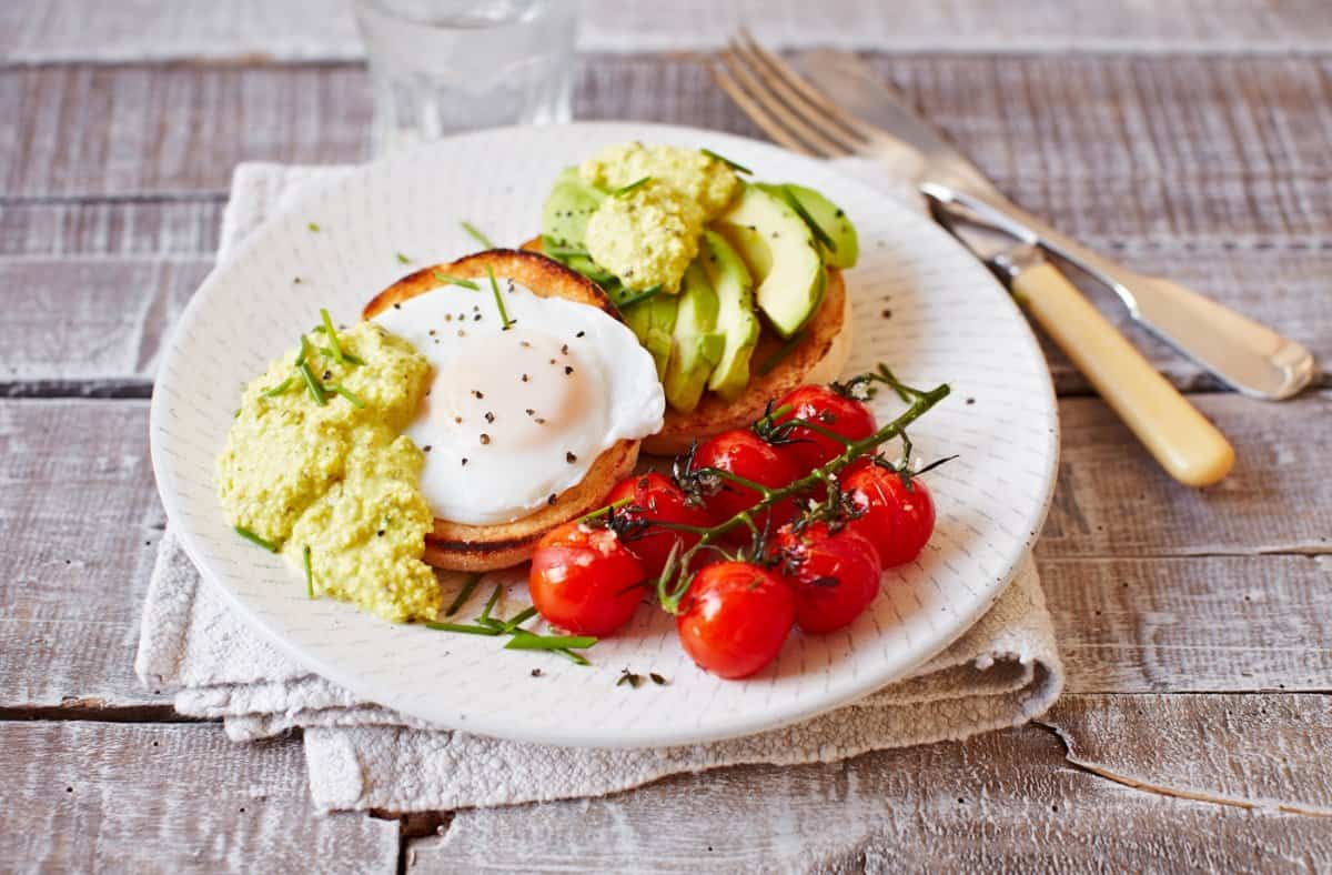 Veggies all day vegetarian meals from am to pm eluxe magazine rfo largehero eggsbenedict 61952d59 7b5a 47f5 a019 8b0230eb058b forumfinder Images