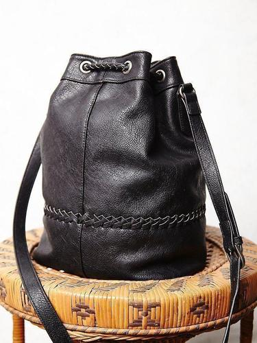 tempest-bucket-bag-thumb2x