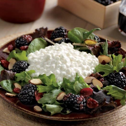 blackberry-cottage-cheese-salad_0